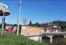 """Montepulciano: denuncia della Lega con commissario Picchi e referente poliziana Pellegrini che annuncia interrogazione regionale, """"il ponte di Valiano è inibito al traffico, crea problemi alla viabilità"""""""