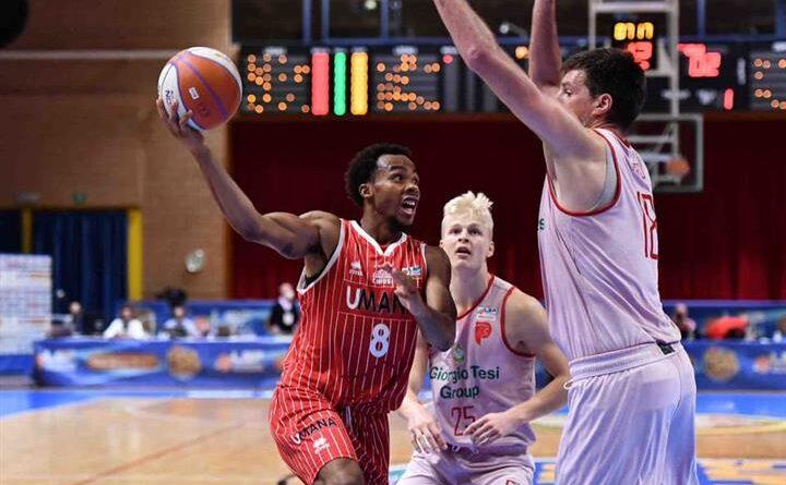 Basket : la GTG Pistoia batte Umana San Giobbe Chiusi 77-69 (20-11; 23- 17; 21-21; 13-20)