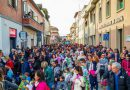 Il Carnevale di Chiusi ha portato centinaia di persone per strada tra gruppi mascherati e carri allegorici