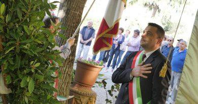 Festa 25 aprile: a Chiusi un momento di raccoglimento, ricordo e riflessione in ogni monumento ai caduti della città