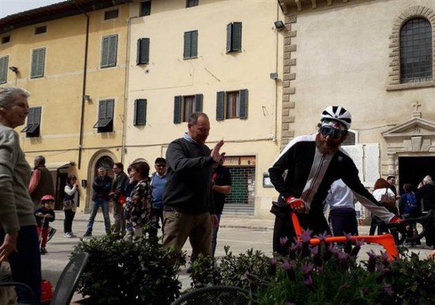 Cetona Per Pasquetta In Piazza Anche Jovanotti Lorenzo Cherubini