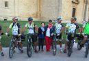 Montepulciano : sei ciclisti della Cerro Bike sulla Francigena fino a Roma.I partecipanti hanno percorso 245 km in tre tappe, soprattutto su strade bianche