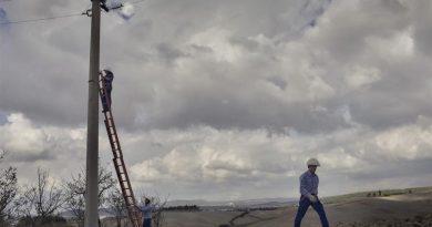 Greve in Chianti: al via i lavori di rimozione di una linea elettrica aerea. Nuova cabina e cavi in terra